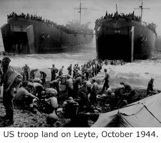 1944ustroopslandonleyte-320